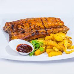 Tambal de porc la cuptor si cartofi cu rozmarin